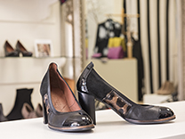 Darani Shoes &  Accessories